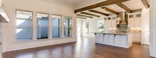 312 Steeplechase Living Room/Kitchen
